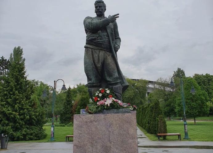 НА ДЕНЕШЕН ДЕН: Македонија изгубила двајца големи синови, во Баница идеологот Гоце Делчев, а во Дреновска Клисура војводата Пере Тошев
