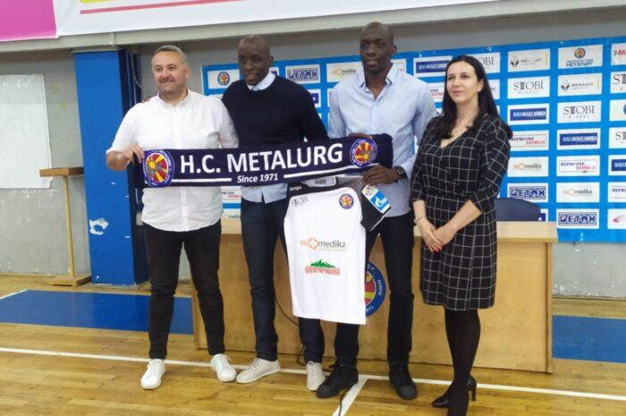 Близнаците Њокас, прославени француски репрезентативци, потпишаа за РК Металург