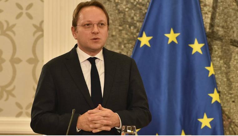 ВАРХЕЈИ: Раздвојување на Македонија и Албанија на нивниот пат кон ЕУ може да биде добра опција
