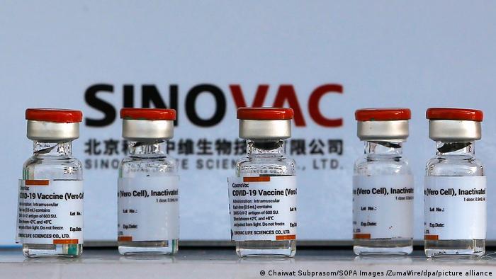 ФИЛИПЧЕ: Денеска чекаме 100.000 дози Фајзер, а до крајот на неделава и 500.000 Синовак и ќе почнеме забрзана вакцинација