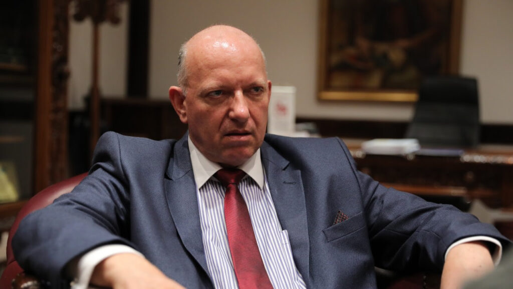 АЗЕСКИ: Затворете ја историјата, отворете го Балканот да се обедини бизнисот