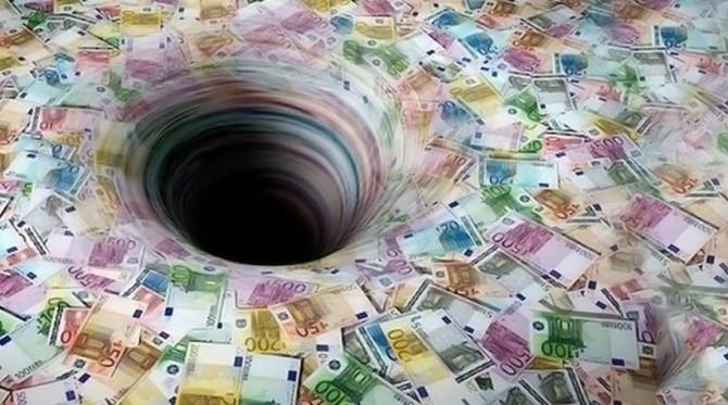 ЈАВЕН ДОЛГ: Секое четиричлено семејство во Македонија в година ќе должи по 16.000 евра