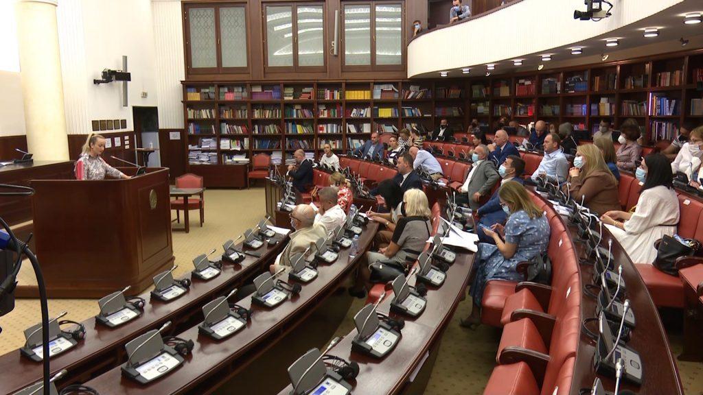 Поднесени 500 амандмани на Предлог измените на Изборниот законик