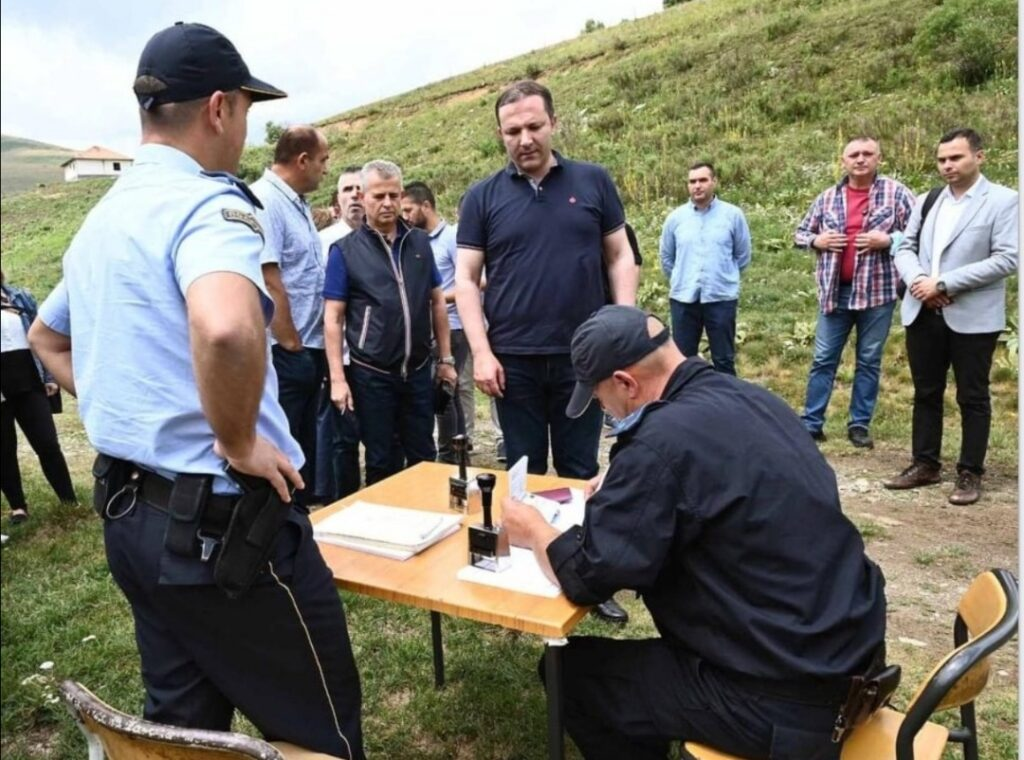 СПАСОВСКИ: МВР го реализира и работи на проектот граничен премин Џепиште – Требиште, кој е отворен само дење оти ноќе нема струја