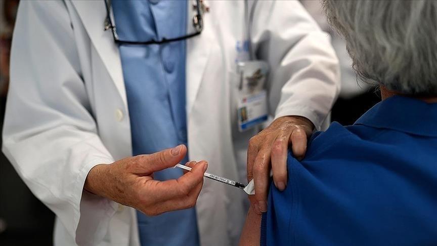 МЗ: Прва доза вчера примиле 1.717 граѓани, со две дози се вакцинирани вкупно 714.135 лица