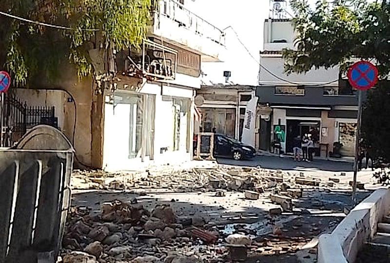 Еден загинат и деветмина повредени во силниот земјотрес на Крит