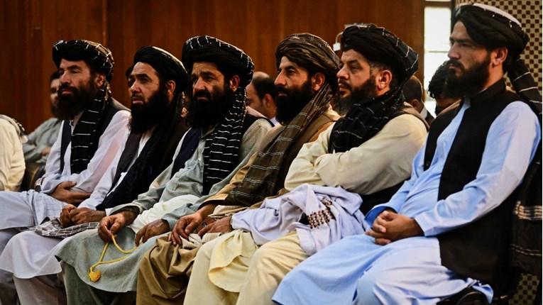 Талибанците го укинаа Министерството за жени и нов ресор за спречување на пороци