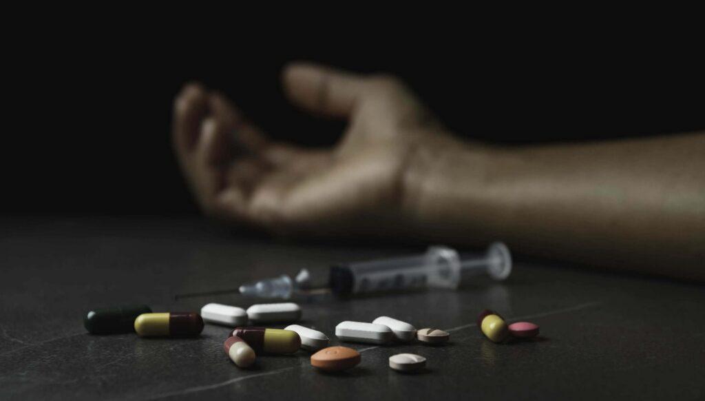 Рекорден број на смртни случаи од предозирање со дрога во САД
